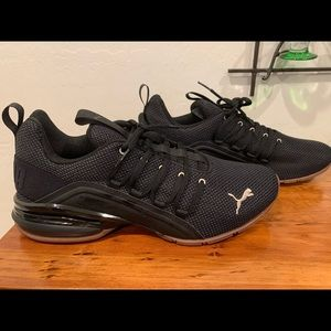 Puma Axelion running shoes Size 10